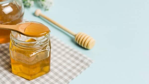 عسل-برای-موی-خشک