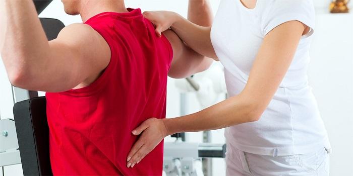 دیسک کمر چیست؟ + درمانهای خانگی و ورزشهای مخصوص