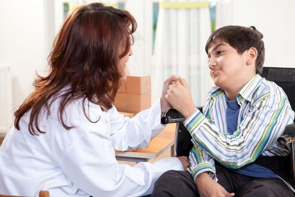 فلج مغزی یا CP چیست؟ + علت، علائم و راه های درمان