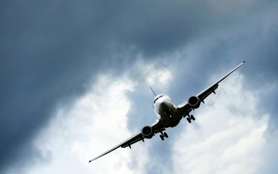 سقوط هواپیما در اطراف فرودگاه آزادی نظرآباد کرج + جزئیات
