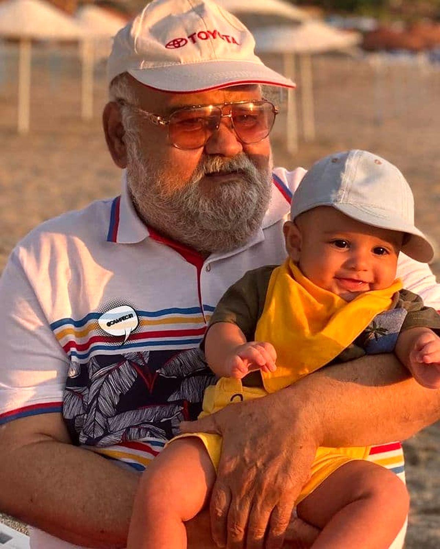 عکس جالب اکبر عبدی و نوه اش/ بیوگرافی المیرا عبدی و همسرش