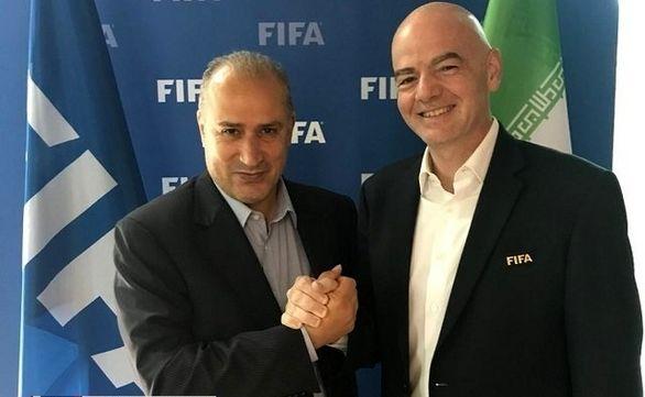 تاج موافقت رسمی فدراسیون برای ورود بانوان به ورزشگاه را به فیفا اعلام کرد