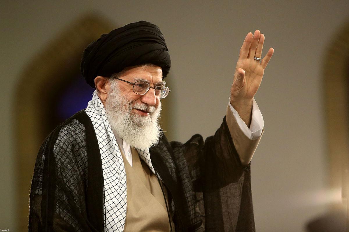 سجده رهبر انقلاب برای کار مهم مهندسان ایرانی