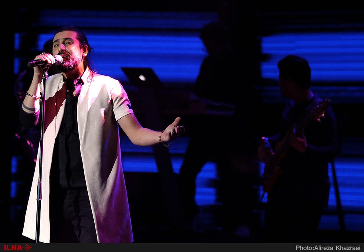 اجرای امیرعباس گلاب برای جشنواره فجر