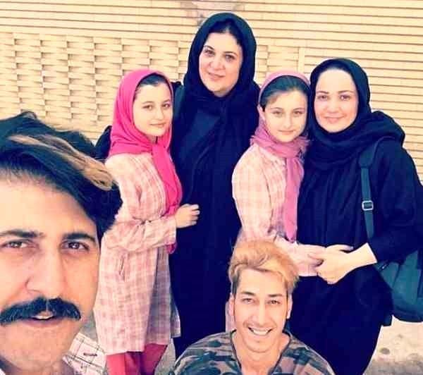 (فیلم و عکس) بیوگرافی سارا و نیکا فرقانی اصل؛ از ورود به پایتخت تا ویدیوهای پرحاشیه