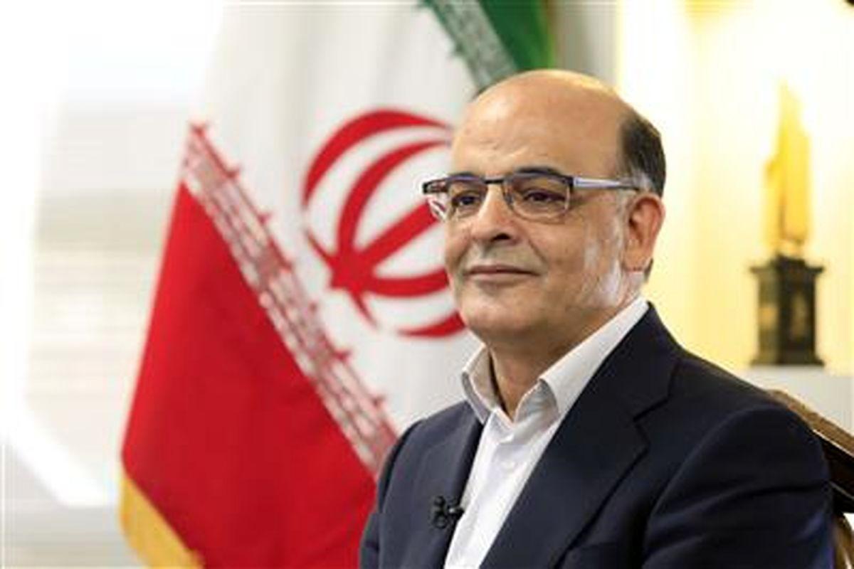 مهندس حمید رضا عظیمیان، مدیرعامل فولاد مبارکه در پیامی روز کارگر را تبریک گفت