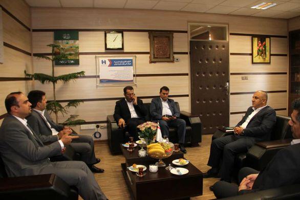 دیدار مدیرعامل بیمه سرمد با مدیر شعب بانک صادرات استان قزوین