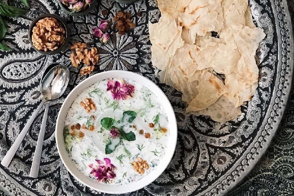 طرز تهیه آب دوغ خیار ساده خانگی + نکات طلایی