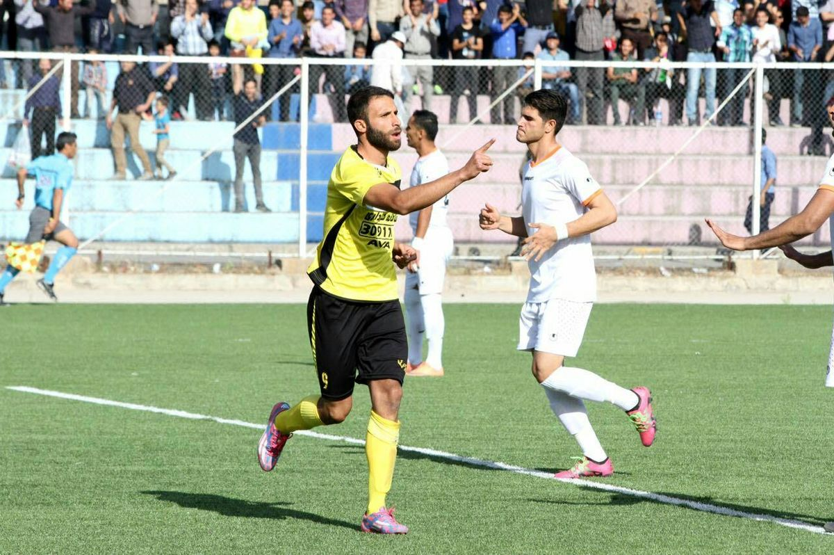 جزییات شوکه کننده از خودکشی فوتبالیست بوشهری   صحبتهای دوستان دوستان غلامرضاپور