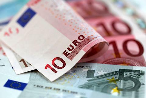 جزئیات اعطای تسهیلات ارزی از طریق ۱۵ بانک