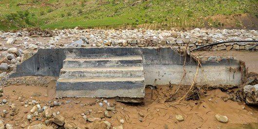 روستای کاملا تخریب شده «چم حسین» بازسازی میشود