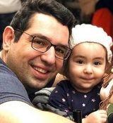 بیوگرافی محمدرضا احمدی گزارشگر و همسرش + زندگی