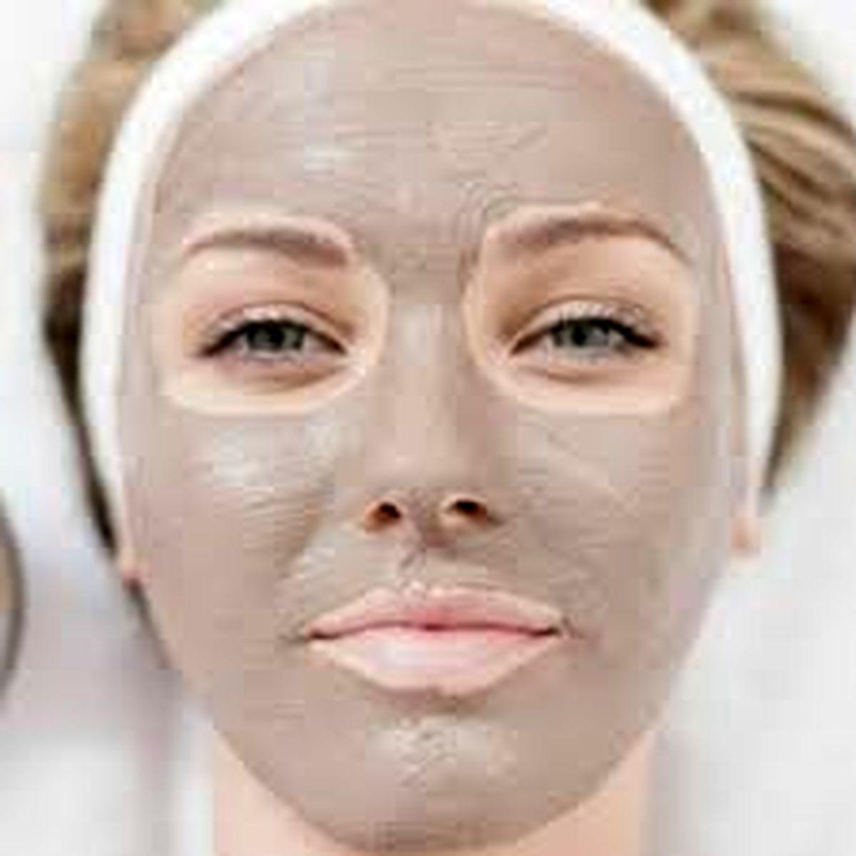 آموزش ماسک ترکیبی خاک رس برای افتادگی پوست و انواع جوش