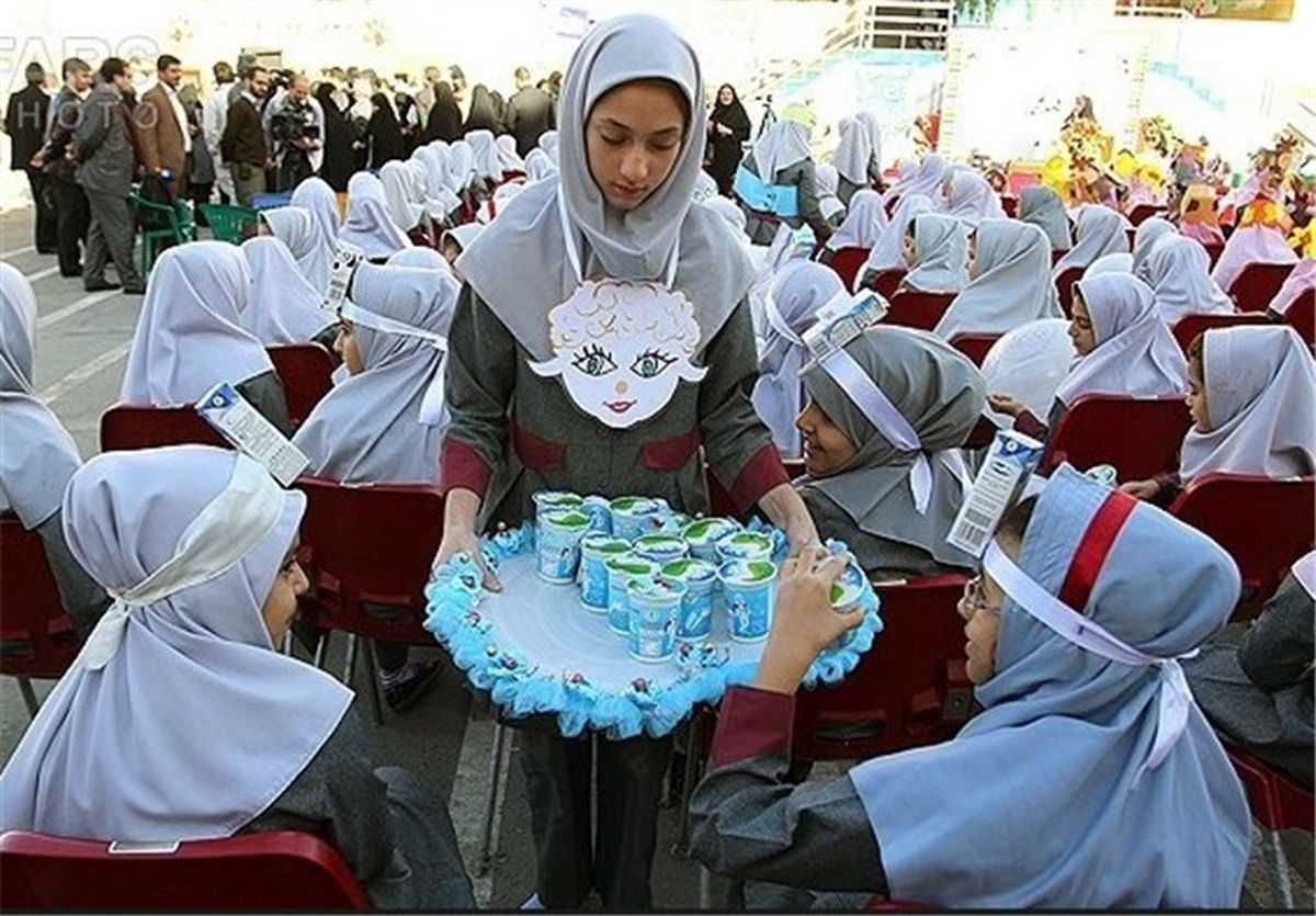توزیع شیر رایگان در مدارس ۹ استان از ابتدای آذر