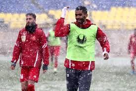 لغو بازی پرسپولیس - سایپا به علت بارش برف