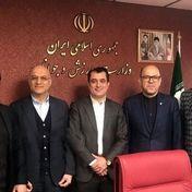 مدیر عامل استقلال در استانه برکناری قرار رفت