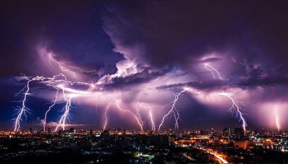 رگبار و رعد و برق در ۱۱ استان کشور