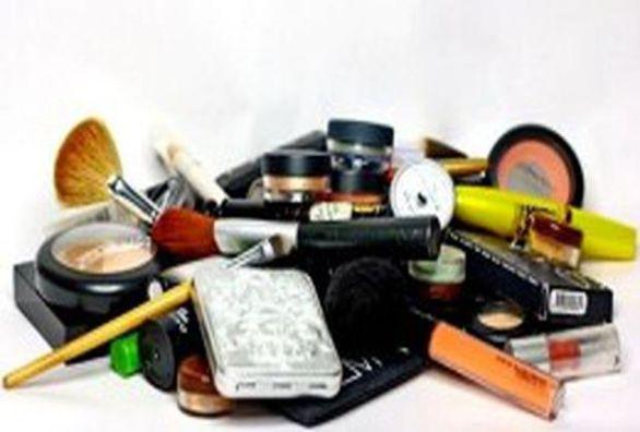 از مواد آرایشی و بهداشتی بدون برچسب اصالت کالا استفاده نکنید