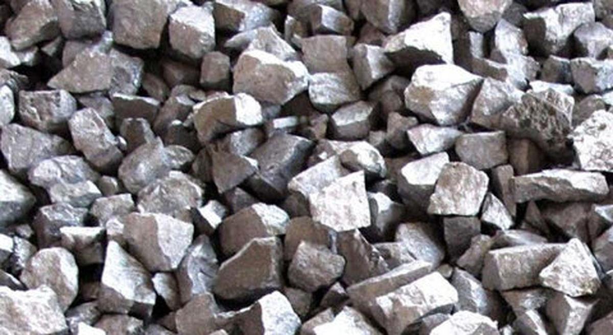 موجودی حداقلی، کارخانههای فولادی را تا مرز تعطیلی میکشاند/ قیمتگذاری فروسیلیس فرمولیزه شود
