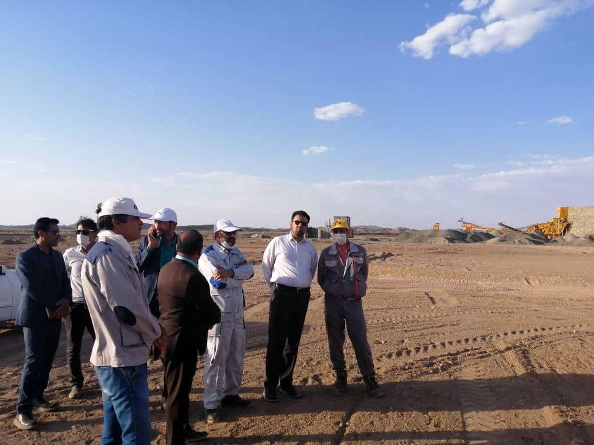 فرماندار نهبندان از معدن و کارخانه طلای هیرد بازدید کرد