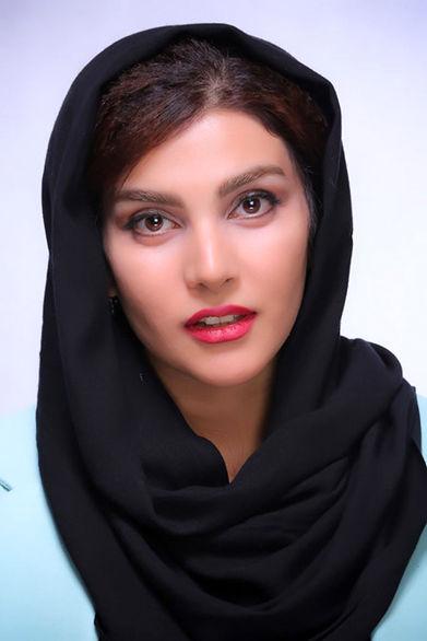 بیوگرافی سارا سهیلی، فرزند کارگردان معروف
