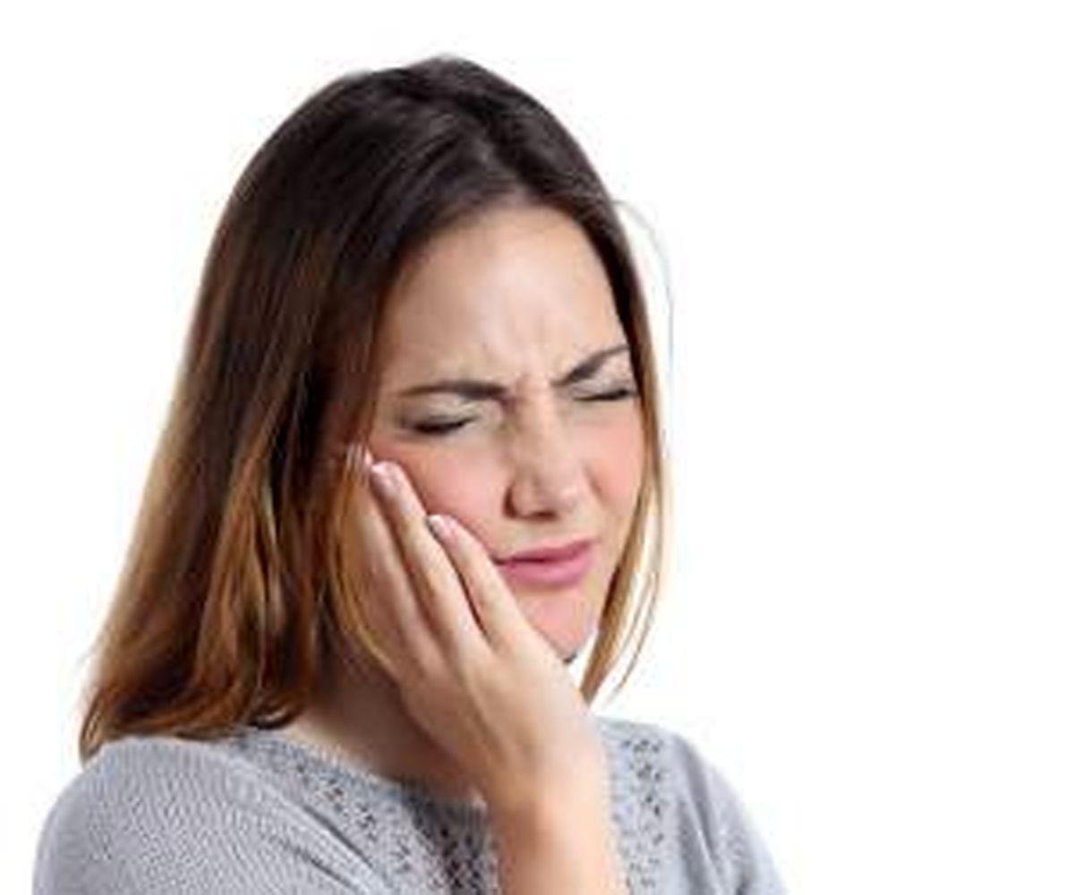 10 دلیلی که نشان از بیماری دهانی می دهد!