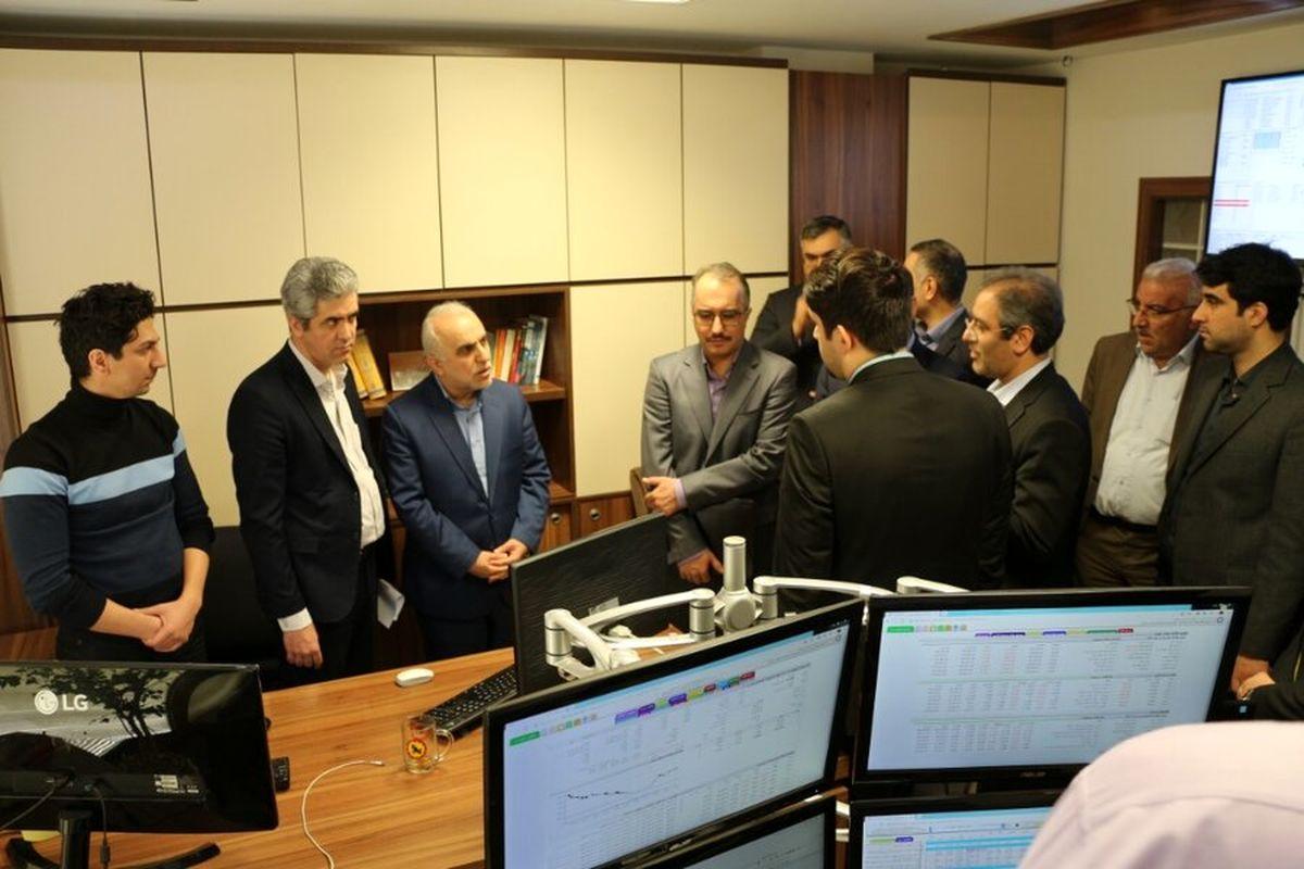 بازدید وزیر اقتصاد از شرکت مدیریت فناوری بورس تهران