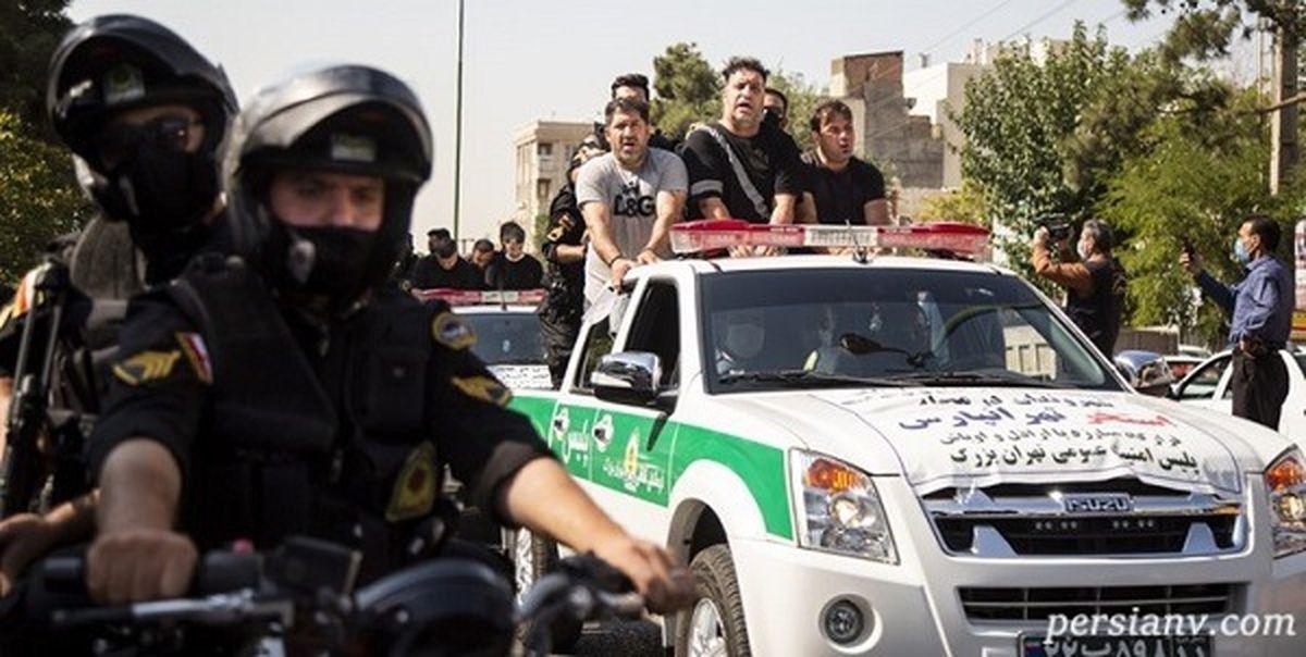 گرداندن موبایل قاپ ها مقابل پاساژ علاءالدین در تهران + فیلم