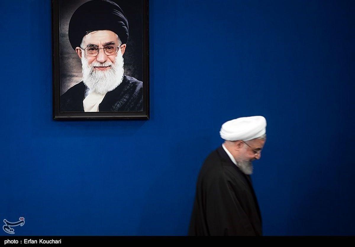 روحانی به دفتر کار خود بازگشت + عکس