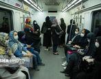 سطوح صندلی و نیمکتهای عمومی در پارکها و ایستگاههای اتوبوس و ... میتوانند آلوده به ویروس کووید-۱۹ باشند