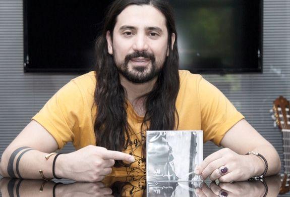 امیر عباس گلاب | بیوگرافی خواننده محبوب ایرانی + تصاویر