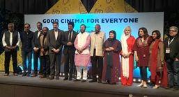 پوران درخشنده شمع دهمین جشنواره بینالمللی فیلم «جگران» هندوستان را روشن کرد