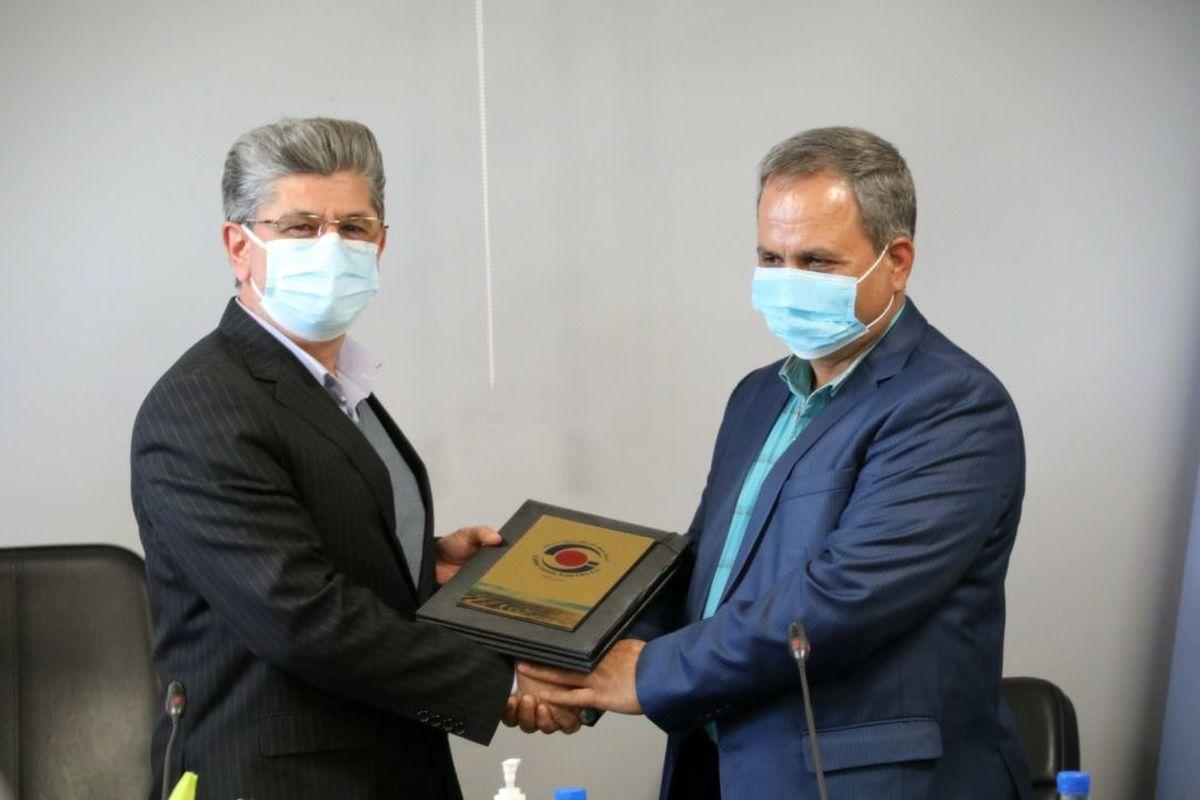 انعقاد تفاهم نامه پژوهشی و فنی گهرزمین با دانشگاه آزاد اسلامی سیرجان