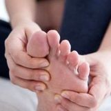 درمان فوری با این گیاهان طبیعی برای  ورم پا در خانه