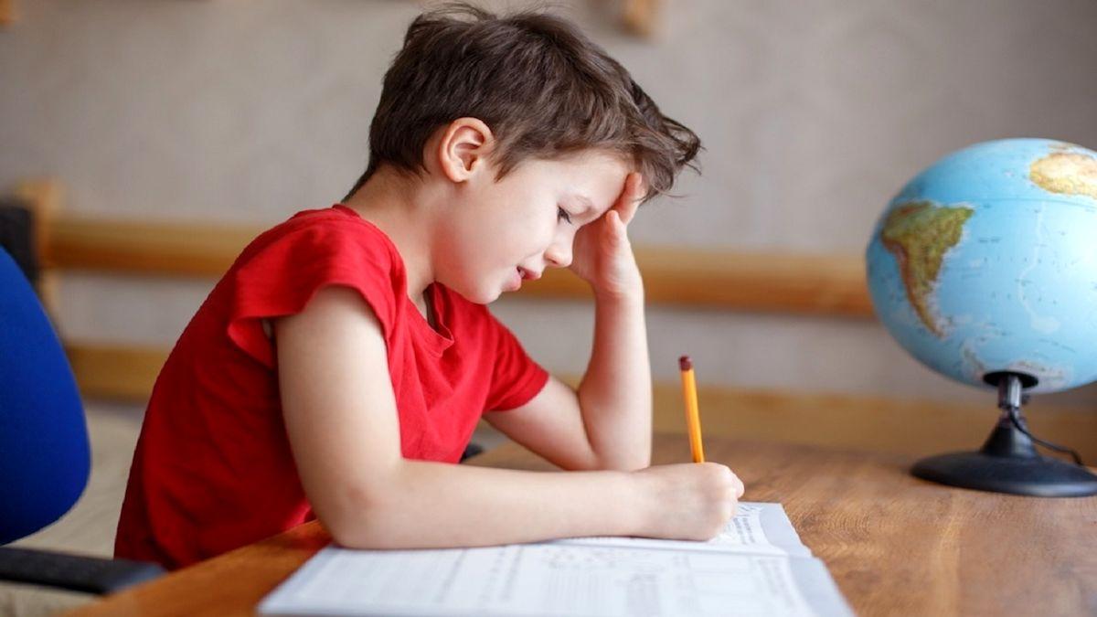 با چه روش هایی مشکل زبانی کودکان را از بین ببریم؟