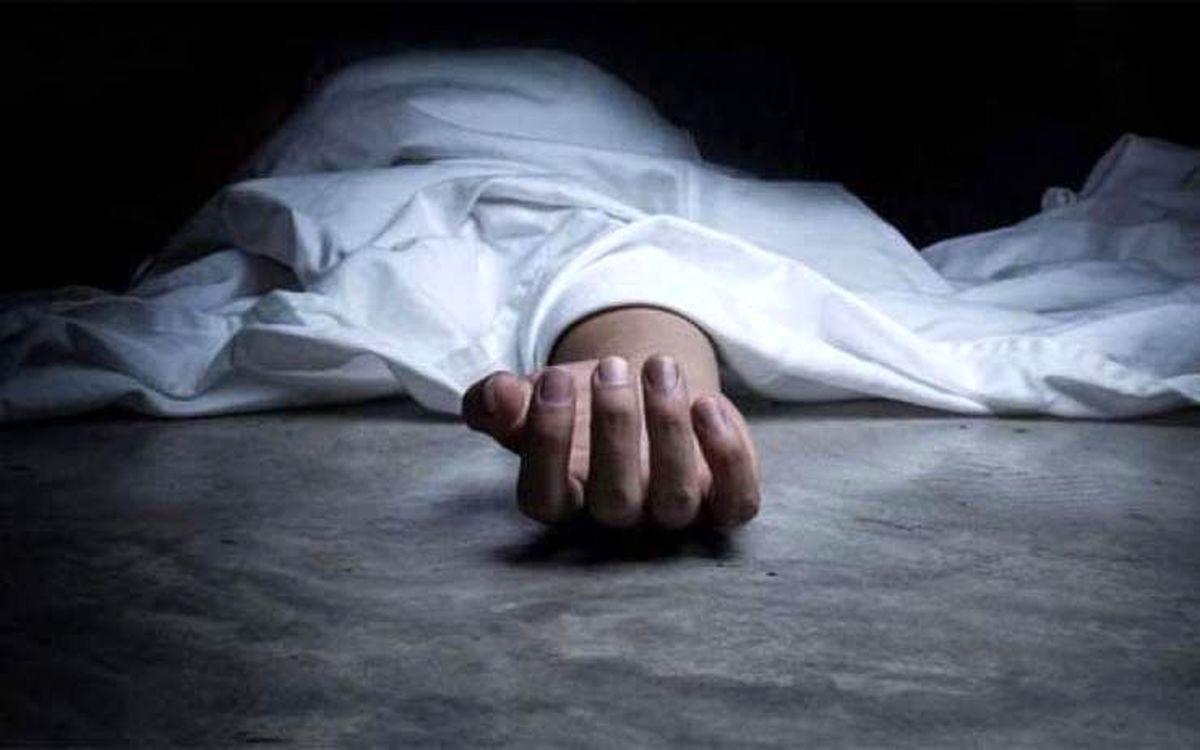 عکس از لحظه خودکشی پیرمرد در ارسنجان + تصاویر