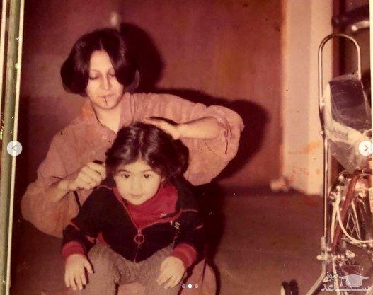 آزاده صمدی و مادرش