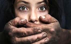 تجاوز جنسی به دختر دانشجو نخبه توسط مرد هوس باز+ تصاویر