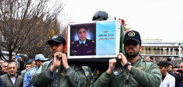 مراسم تشییع پیکر خلبان شهید رحمانی برگزار شد
