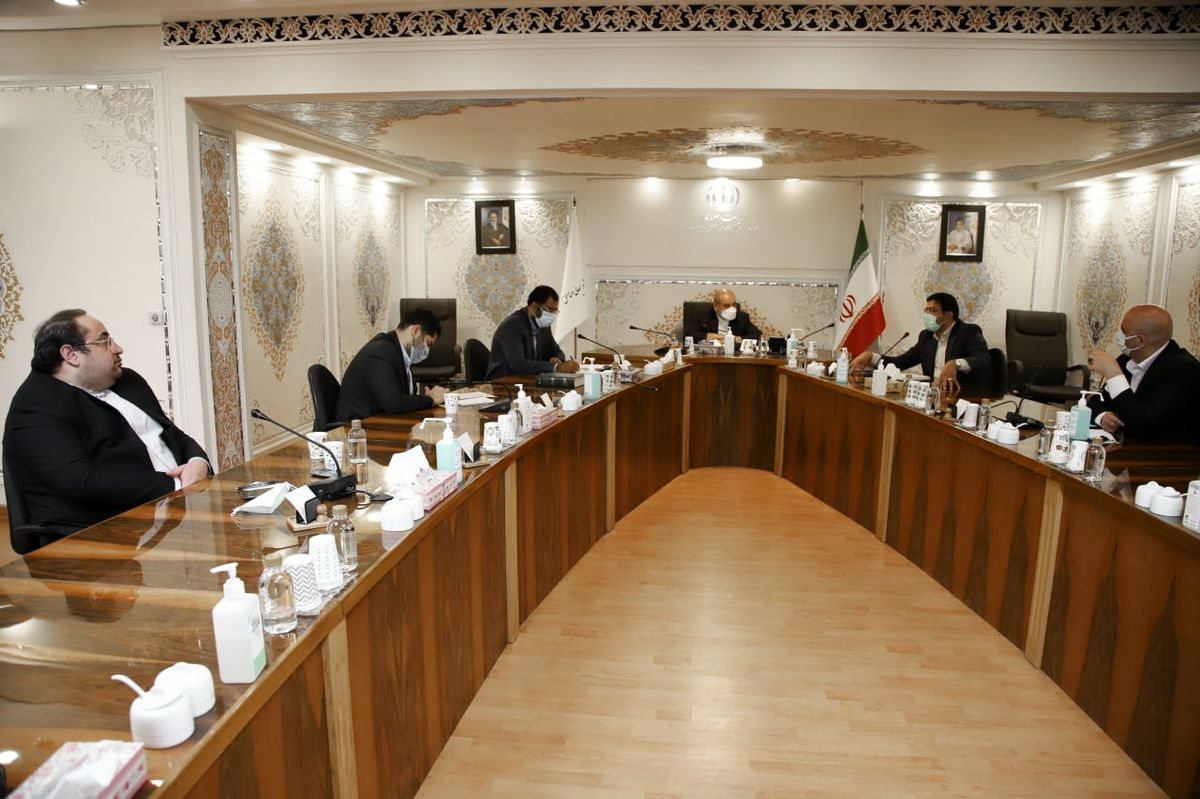 اولین نشست شورای تامین مالی و سرمایهگذاری مناطق آزاد
