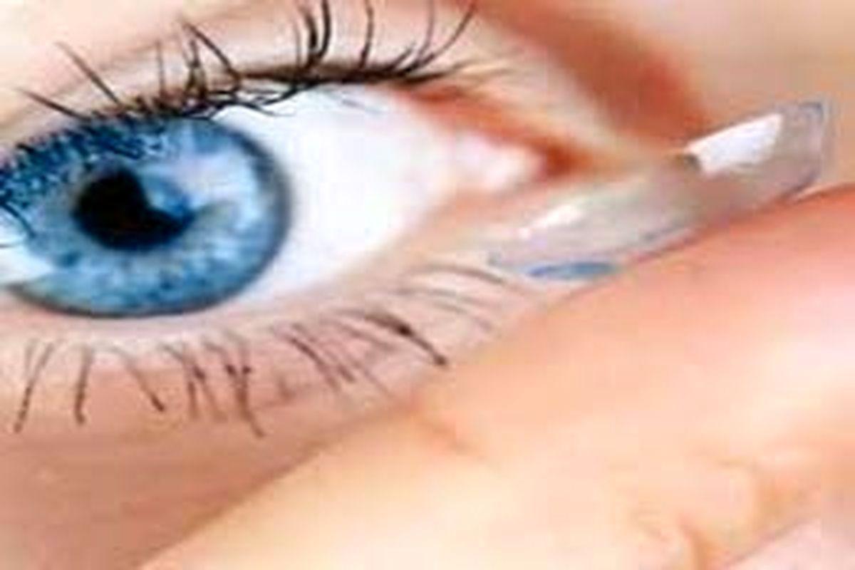 خطر ابتلا به ویروس مرگبار کرونا با گذاشتن لنز در چشم