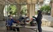 حضور زن موتور سوار در وزارت کشور برای انتخابات ریاست جمهوری + فیلم