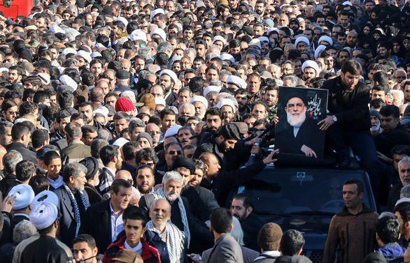 لحظه به لحظه با مراسم تدفین آیت الله شاهرودی + تصاویر
