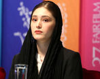 حجاب عجیب فرشته حسینی در یک رستوران + عکس
