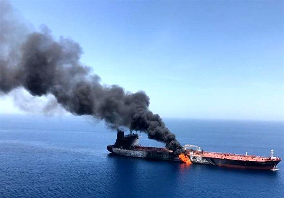 پشت پرده حادثه مشکوک انفجار نفتکشها در دریای عمان+عکس