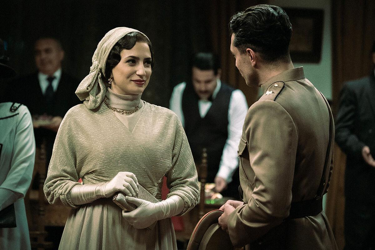 غیرتی شدن اشکان خطیبی برای نگار جواهریان | بیوگرافی بازیگران سریال خاتون