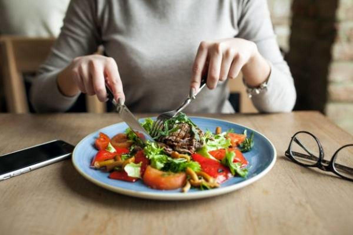 با این 4 غذا گرسنگی کاذب را از بین ببرید!