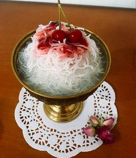 طرز تهیه فالوده شیرازی؛ در خانه دست به کار شوید