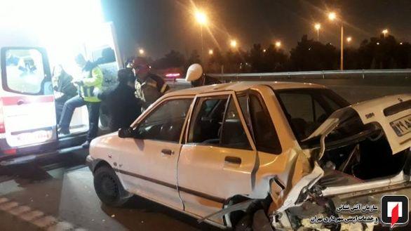 تصادف شدید زن حامله تهرانی با پراید + عکس