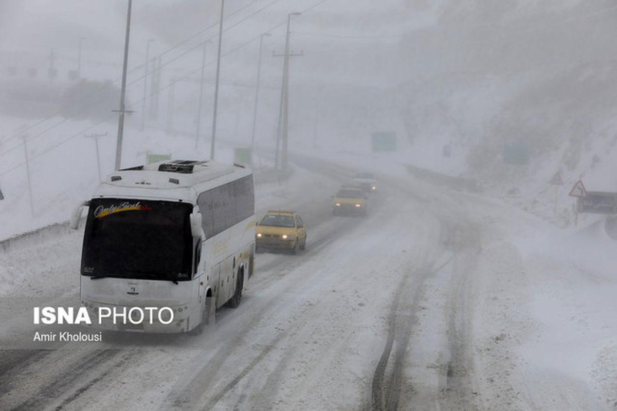 هشدار پلیس درباره بارش برف در محورهای شمال و شمال غربی